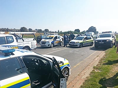 image displays p&p security working with SA police
